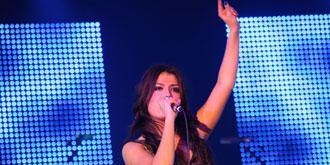 Gabriella Cilmi - Australian Grand Prix Ball in Melbourne | 26th of March 2010