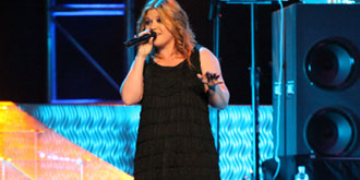 Kelly Clarkson - Rod Laver Arena in Melbourne | 19th of April 2010